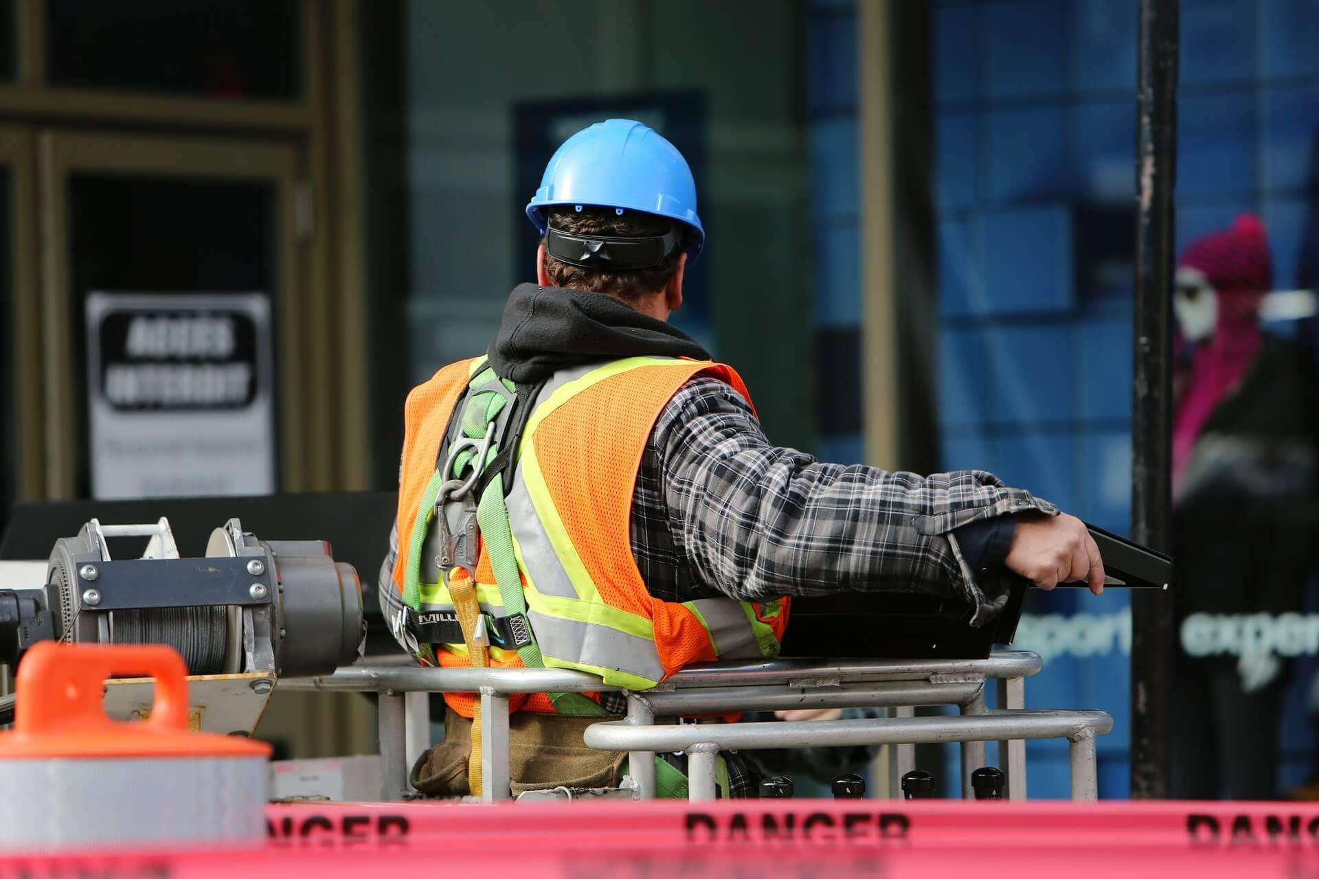 construction worker 569126 1920